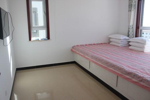 背景墙 房间 家居 酒店 设计 卧室 卧室装修 现代 装修 525_350
